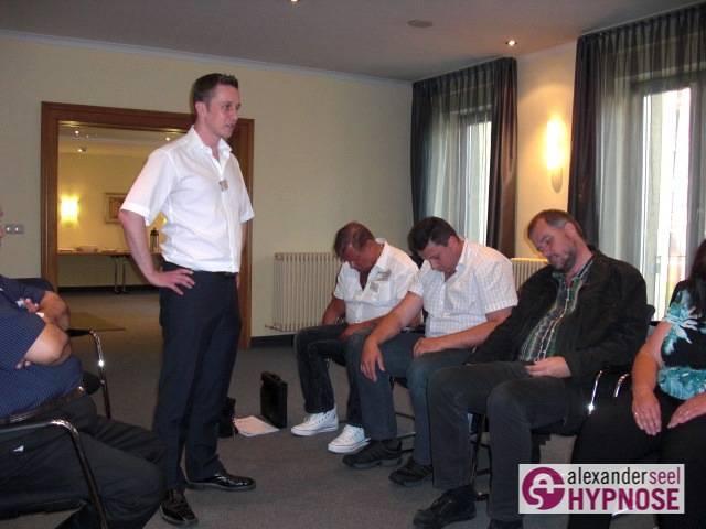 Blitzhypnose-lernen-im-Blitzhypnose-Seminar-Alexander-Seel-00003